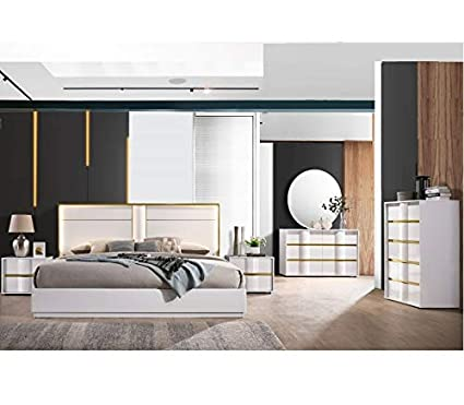 Amazon.com: Modern Bedroom White Lacquer 4pc Eastern King Size Bed ...