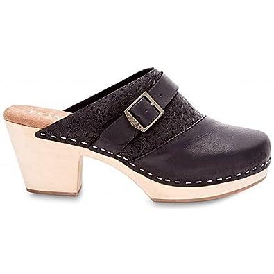 099b59dc9eb TOMS Women s Elisa Clog Sandal Black Leather Clog Mule 8.5 B ...