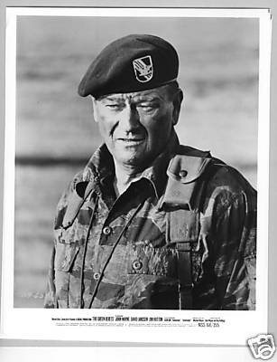 PHOTO C2863 John Wayne Green Berets