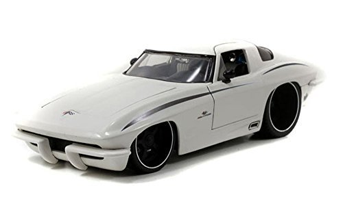 1963 Chevrolet Corvette Stingray Split Window White 1/18 by Jada 96470 by Jada (1963 Corvette Stingray Split Window)