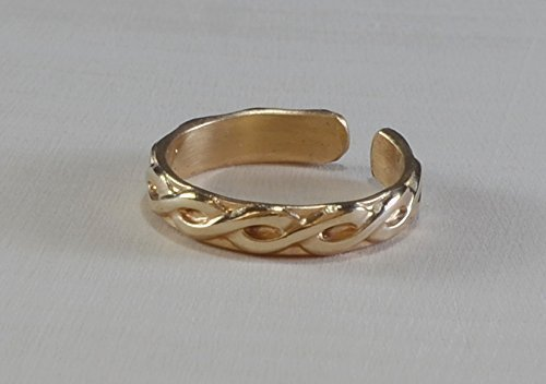 14k yellow gold toe ring solid gold toe ring by Metalopia