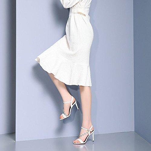 Femmes Sauvage Chaussures Cuir Mode Boucle Femmes en pour Robe Aiguilles White Talons DKFJKI Fleur pour 8q7wXH18x