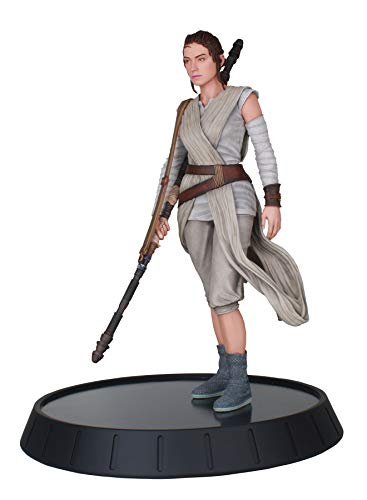 DIAMOND SELECT TOYS Star Wars Milestones: The Force Awakens: Rey Resin Statue