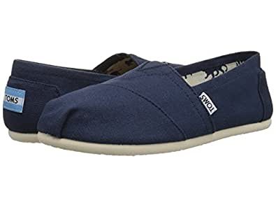 TOMS Womens Classic Slip-Ons Black Size: 5