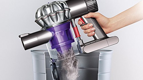 Using a cordless vacuum cleaner