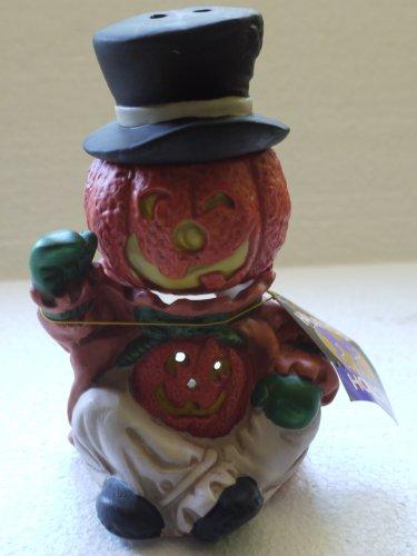 Pumpkin Man Potpourri Cooker]()