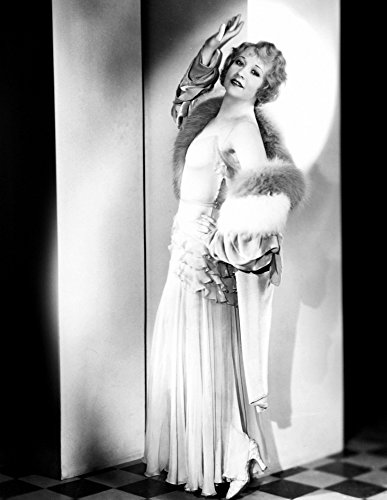 Posterazzi Betty Compson Modeling A Pale Green Evening Gown and Velvet Wrap Trimmed with Fur 1935 Photo Poster Print (8 x 10)