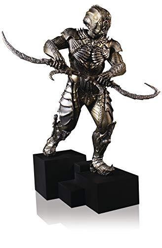 Gentle Giant Studios 80887 Star Trek Discovery: Klingon Torchbearer 1: 8 Scale Collector's Gallery Statue, Multicolor