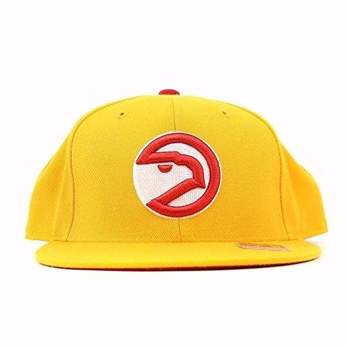 Atlanta Hawks NBA HWC Basic Logo Fitted Hat (7 7/8) (Basic Logo Fitted Hat)