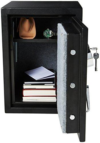 AmazonBasics Fire Resistant Box Safe, 1.24 Cubic Feet