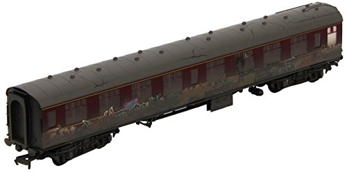 Hornby R4647 BR Mk1 Coach Heavily Weathered Graffiti Maroon Carriage