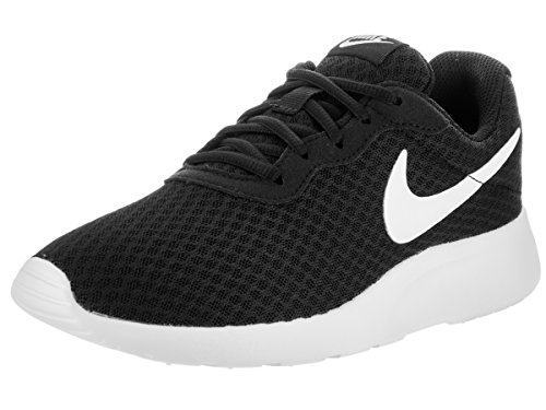 (Nike Womens Tanjun Running Sneaker Black/White 8)