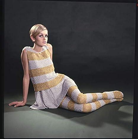 Twiggy Fashion Glamour Photo 1960\u0027s Color Original 2.25 X