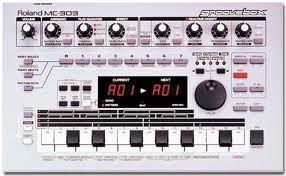 Roland Mc-303 Sequencer Dance Music Machine Groove Box