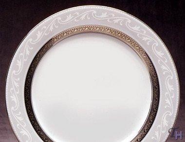 Crestwood Platinum Accent - Noritake Crestwood Platinum Accent Plate
