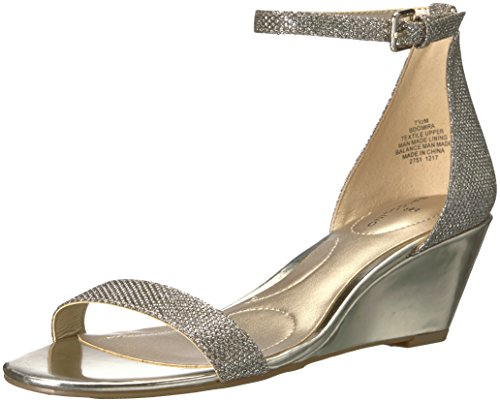IRA Wedge Sandal, Gold Fabric, 6.5 M US ()