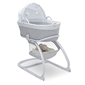 Delta Children Deluxe Moses Bassinet, Merida