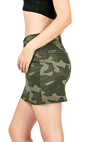 Celebrity Pink Women's Juniors Mid Waist Camo Print Mini Skirt (1, Camo) by Celebrity Pink (Image #1)