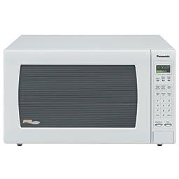 Panasonic NN-H965WF Genius 2.2 cuft 1250 Watt Sensor Microwave w/Inverter Technology,White