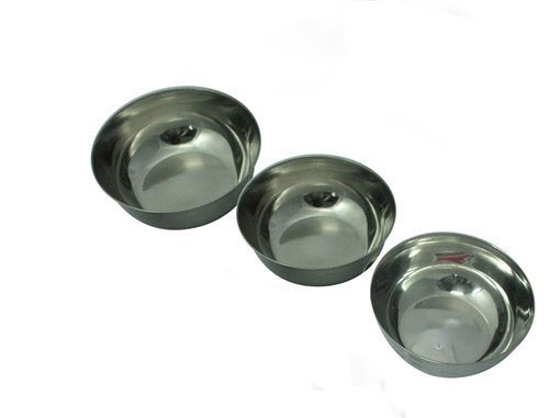 - Women's Day Gift, Stainless Steel Bowls Set (3 Pieces),Stainless Steel Bowls SET of 3 for Cooking, Baking, Food Preparation. Polished Mirror Finish in Most Popular Sizes for Use