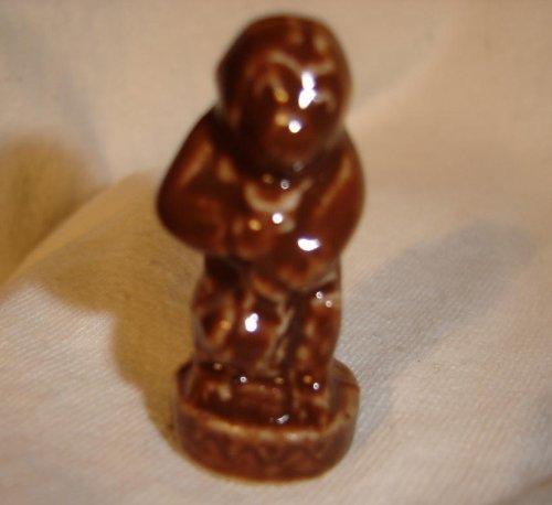 Teapot Monkey (Red Rose Tea/Wade Figurine, Circus Series 1994-1999)