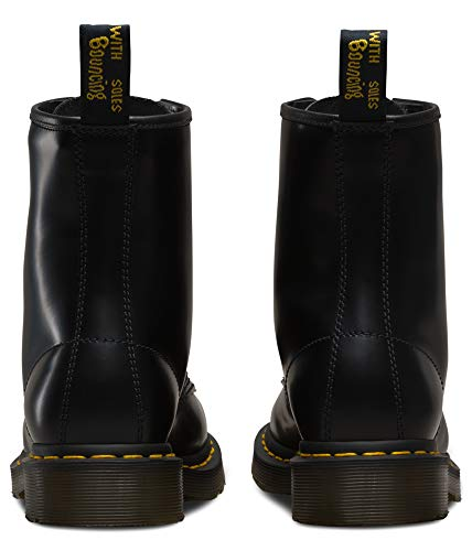 Dr. Martens - 1460 Original 8-Eye Leather Boot for Men and Women, Black Smooth