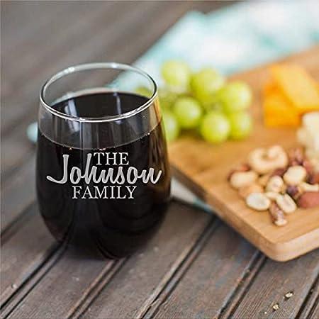 Copa de vino sin tallo, personalizada, divertida, 15 onzas, nombre de la familia, taza de vino transparente para vino tinto y blanco regalos para hombres y mujeres