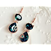 Dark Green Crystal Small Cat Earrings