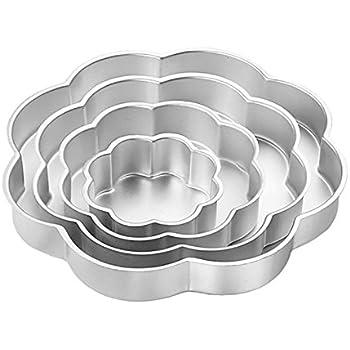 Wilton Aluminum Performance Pans 4 Piece Petal Pan Set
