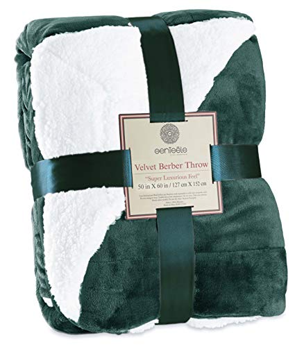 Genteele Sherpa Throw Blanket Super Soft Reversible Ultra Luxurious Plush Blanket (50 inches X 60 inches, Hunter Green)