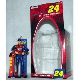 (Jeff Gordon #24 2007 NASCAR Figure Collectible Ornament by Trevco)