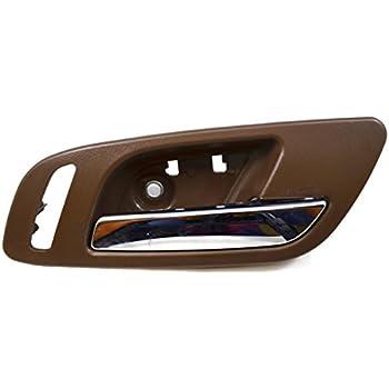 Front Left Driver Interior Brown//Cashmere w// Chrome Lever Inside Door Handle