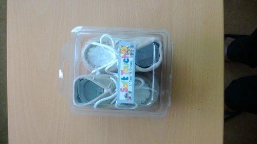 Zapatos de bebé Beige–(12/15meses)