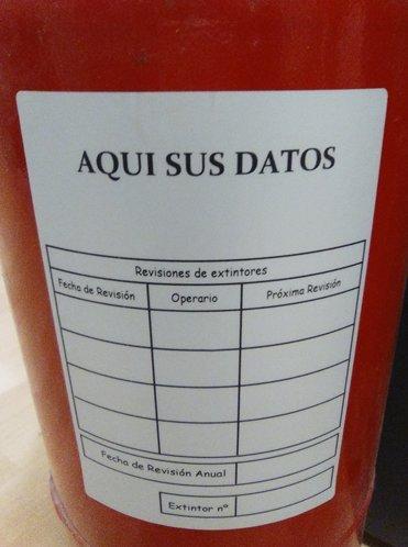Etiquetas Mantenimiento de extintores Personalizadas con sus datos 100