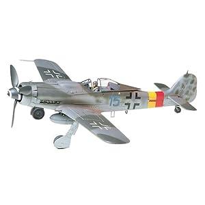 Tamiya 300061041 - 1:48 WWII The German Focke Wulf, Fw190 D-9 10