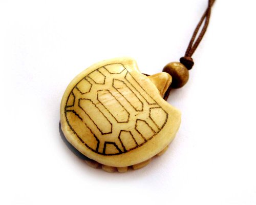 (Ox Bone Carved Turtle Pendant Necklace)