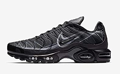 online store 1c4b1 43f7a Amazon.com | Nike Air Max Plus TN SE Shark Black/Grey BV7826 ...