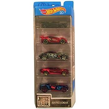 Amazon.com: Hot Wheels Marvel Avengers Die-Cast Vehicle, 5-Pack ...