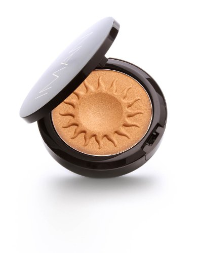 Applying Bronzer All Over Face - 9