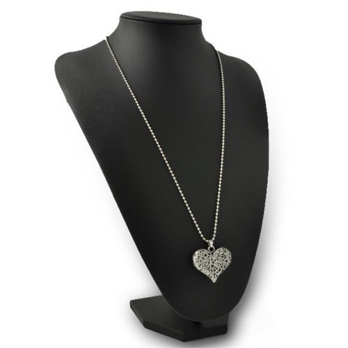 Vintage Womens Carved Silver Tone Heart Flower Long Chain Pendant Necklace Gift EW ()