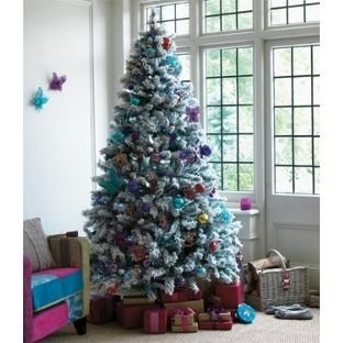 Great Gendarmerie Green Snowstorm 7ft Artificial Christmas Tree.