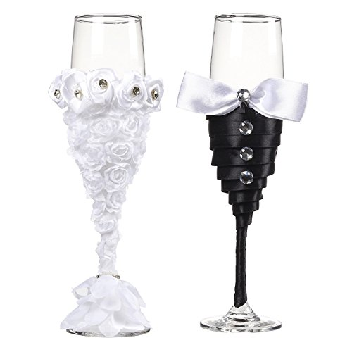 Set of 2 Wedding Champagne Flute Glasses - Mr and Mrs Toasting Engraved Flute, Pair Decorative Drinking Glass Set for Bride and Groom, Elegant Wedding Supplies, 6.2 -