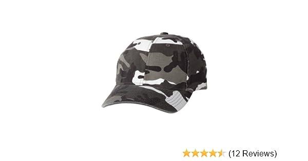 c9f75390e829d Amazon.com  Yupoong Flexfit Cotton Camouflage Cap