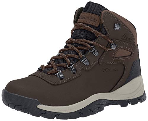 Columbia Women's Newton Ridge Plus Hiking Boot, Cordovan/Crown Jewel, 8.5 Regular US