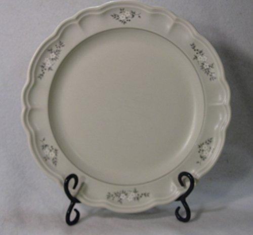 Pfaltzgraff Heirloom Pattern Dinner Plates, Set of 4