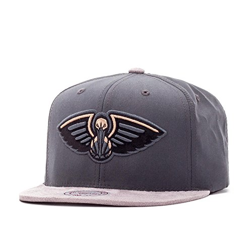 Mitchell & Ness New Orleans Pelicans Buttery Casquette grey