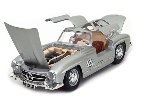 Amazon.com: New 1:18 SILVER 1954 MERCEDES-BENZ 300 SL TOURING Diecast Model Car By Bburago: Toys & Games