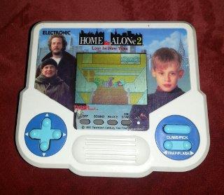 Home Alone 2 Tiger Electronics Handheld Game Vintage 1988