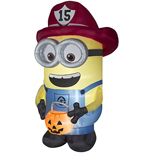 Gemmy Halloween 8.5 Foot Despicable Me Lighted Firefighter Minion Indoor/Outdor Inflatable Holiday Decoration]()