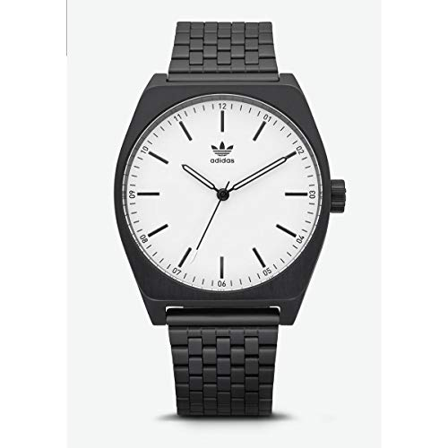 Adidas Mens Analogue Quartz Watch with Stainless Steel Strap Z02-005-00 ()